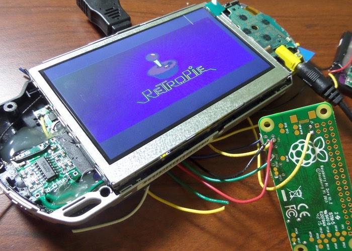 PSP Raspberry Pi Zero Games Console Created