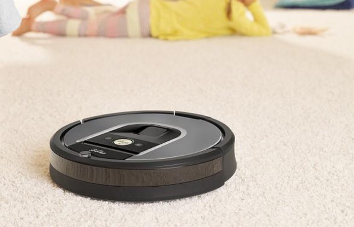New iRobot Roomba 960 Robot Vacuum Cleaner Launches For $700