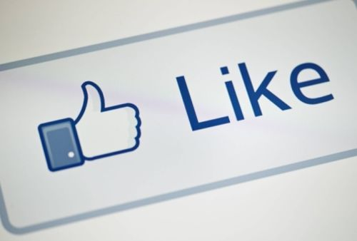 what people think about Twitter 'likes'