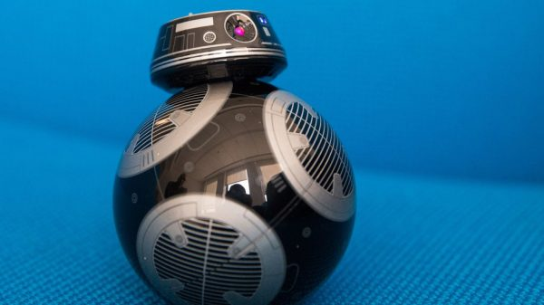 BB-9E is the evil BB-8 we never imagined