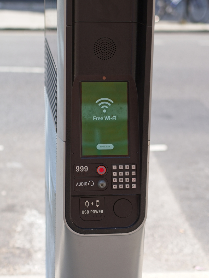 UK Wi-Fi Kiosks Will Be Sharing Your Details With the Authorities